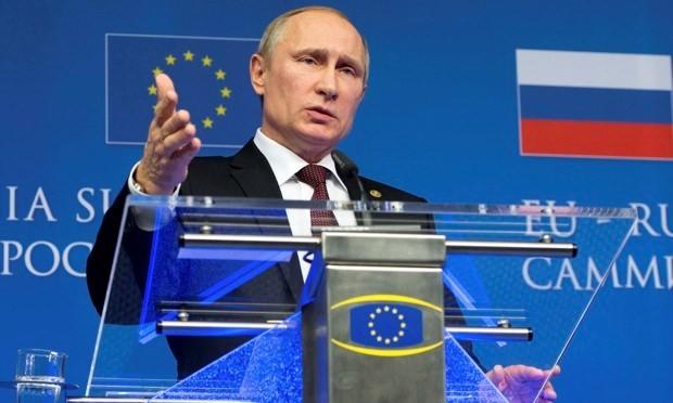 Tổng thống Nga Putin tại một hội nghị của EU.