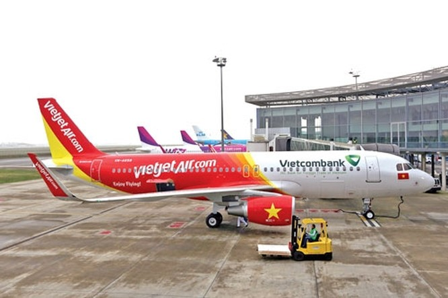 Chiếc máy bay đầu tiên trong đơn hàng 100 chiếc của Vietjet Air với Airbus