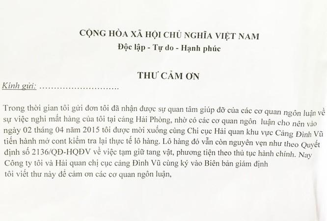 """""""Thư cảm ơn"""" do ông Hùng hướng dẫn chị Thoa viết."""