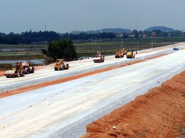 Cao tốc Hà Nội-Hải Phòng sẽ được thông xe toàn tuyến vào cuối năm 2015.