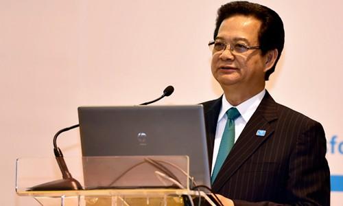 Thủ tướng Nguyễn Tấn Dũng nhấn mạnh những vấn đề trên Biển Đông đang đe dọa nghiêm trọng hòa bình, ổn định, an ninh, an toàn, tự do hàng hải, hàng không