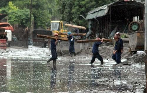 Nhiều vựa than tan hoang sau mưa lũ ở Quảng Ninh ảnh 13
