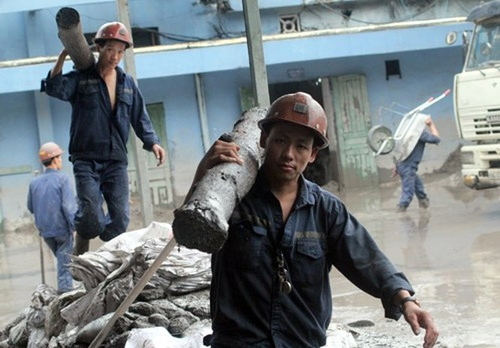 Nhiều vựa than tan hoang sau mưa lũ ở Quảng Ninh ảnh 12