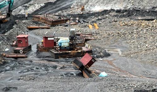Nhiều vựa than tan hoang sau mưa lũ ở Quảng Ninh ảnh 2