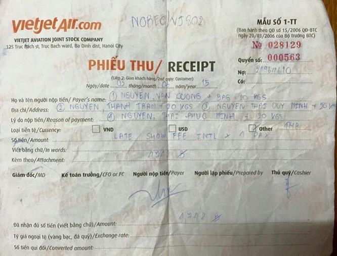 Khách tố tiếp viên trưởng Vietjet Air lạm quyền buộc khách rời máy bay ảnh 1