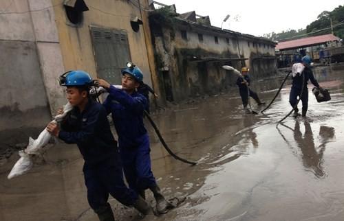 Nhiều vựa than tan hoang sau mưa lũ ở Quảng Ninh ảnh 11