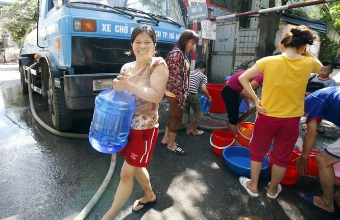 Sau sự cố vỡ đường ống, dân thủ đô khốn đốn vì mất nước kéo dài ảnh 7