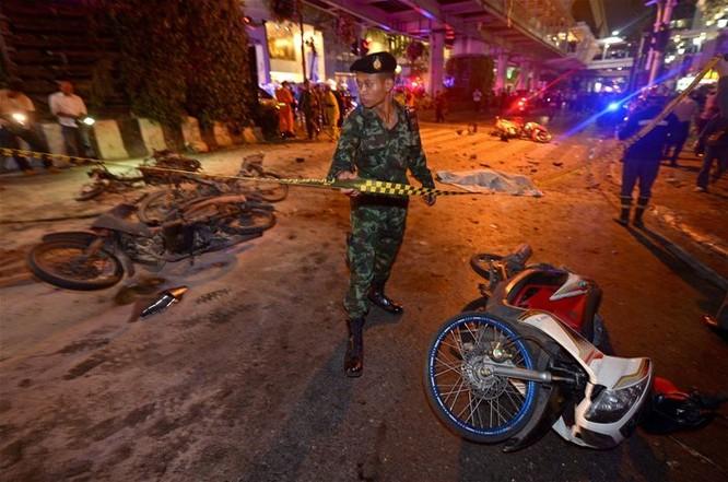 Nổ lớn ở Bangkok, ít nhất 12 người thiệt mạng ảnh 1