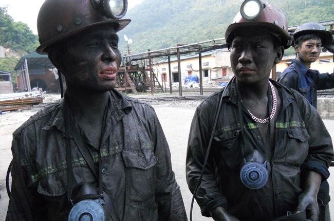 Chuyên gia: Khai thác than, chưa tính đủ những mất mát! ảnh 1