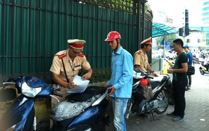 Vi phạm Luật Giao thông đường bộ: Tăng mức phạt tới 10 lần ảnh 1