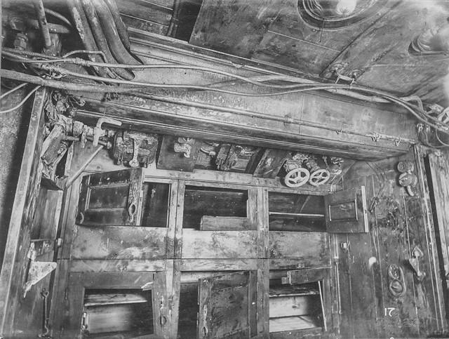 """""""Mổ bụng"""" tàu ngầm U-Boat nổi tiếng của Đức ảnh 11"""
