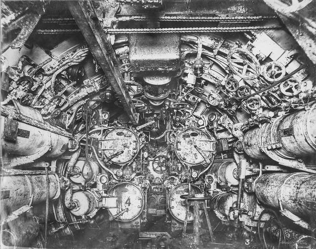 """""""Mổ bụng"""" tàu ngầm U-Boat nổi tiếng của Đức ảnh 3"""