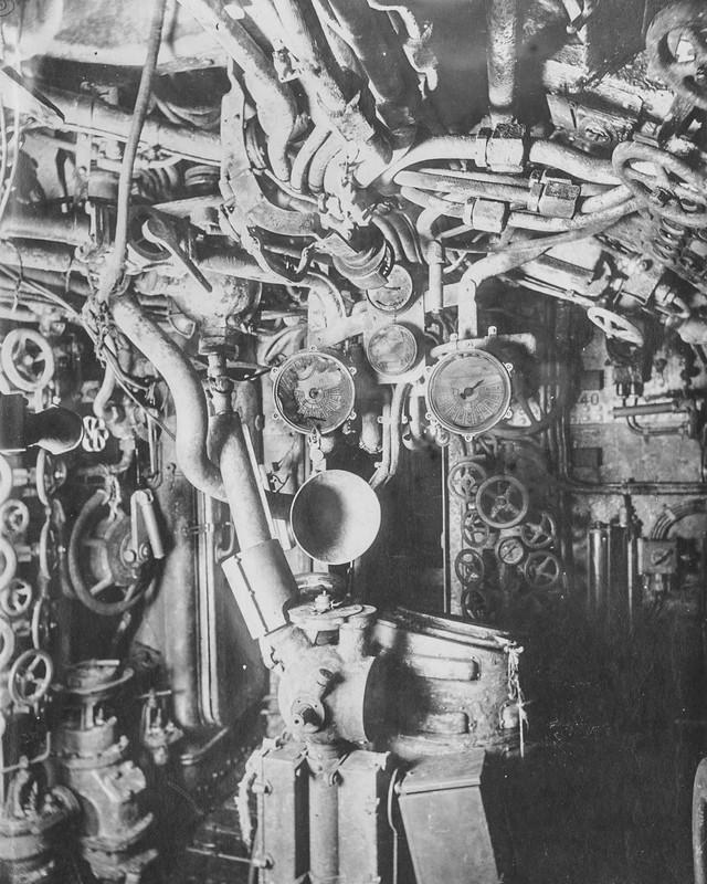 """""""Mổ bụng"""" tàu ngầm U-Boat nổi tiếng của Đức ảnh 8"""