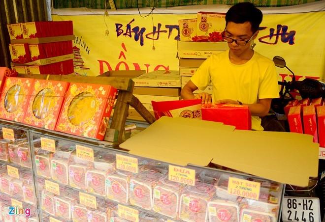 Ma trận bánh trung thu mua 1 tặng 2, 3 ở Sài Gòn ảnh 7