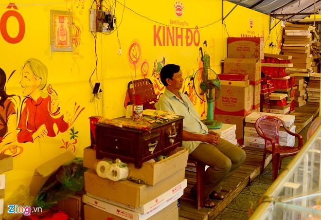 Ma trận bánh trung thu mua 1 tặng 2, 3 ở Sài Gòn ảnh 8