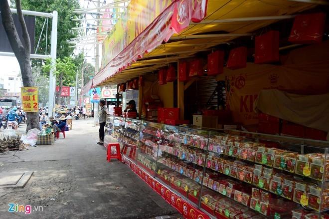 Ma trận bánh trung thu mua 1 tặng 2, 3 ở Sài Gòn ảnh 3
