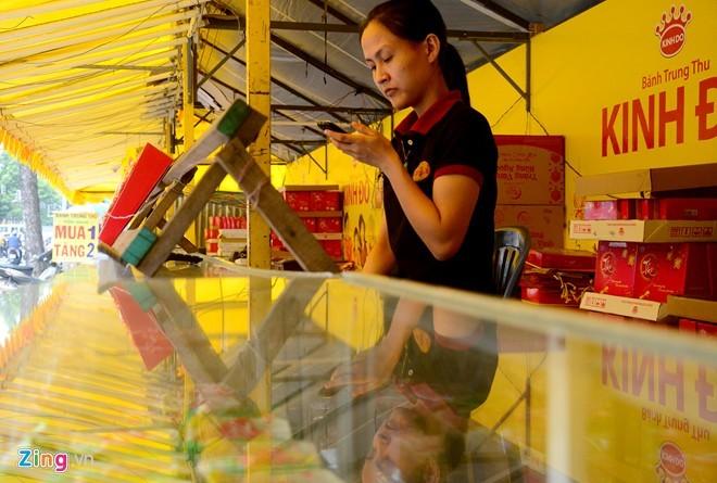 Ma trận bánh trung thu mua 1 tặng 2, 3 ở Sài Gòn ảnh 6