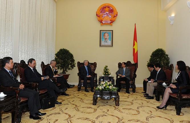 Thủ tướng Nguyễn Tấn Dũng tiếp ông Eric Sidgwick, tân Giám đốc quốc gia của ADB tại Việt Nam - See more at: http://thutuong.chinhphu.vn/Home/Thu-tuong-Co-ban-xu-ly-xong-cac-ngan-hang-yeu-kem/20159/23731.vgp#sthash.0od5MrAE.dpuf