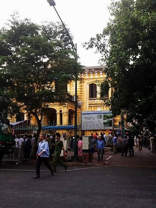 Sập nhà cổ tại 107 Trần Hưng Đạo, 2 phụ nữ tử vong ảnh 2