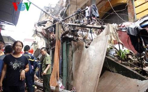 Sập nhà cổ tại 107 Trần Hưng Đạo, 2 phụ nữ tử vong ảnh 4
