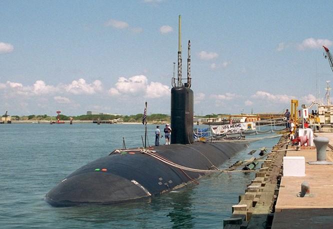 Đốt tàu ngầm hạt nhân vì muốn xong việc sớm ảnh 3