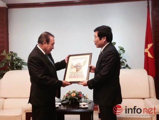 Bộ trưởng Nguyễn Bắc Son tiếp TGĐ Hãng thông tấn Mexico ảnh 1