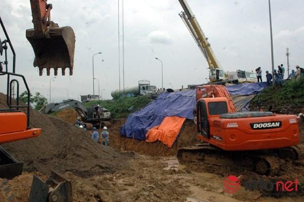 Cận cảnh đoạn vỡ đường ống dẫn nước sạch Sông Đà lần thứ 15 ảnh 10