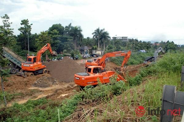 Cận cảnh đoạn vỡ đường ống dẫn nước sạch Sông Đà lần thứ 15 ảnh 11
