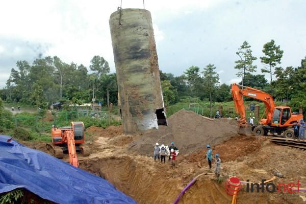 Cận cảnh đoạn vỡ đường ống dẫn nước sạch Sông Đà lần thứ 15 ảnh 3
