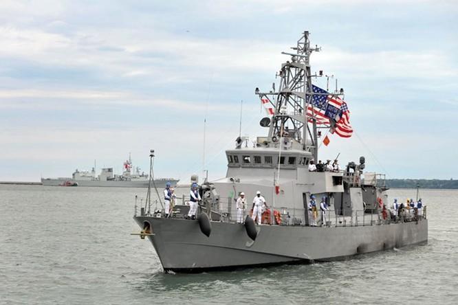 Ngân sách 5,7 tỉ USD, Ukraine mua được tàu chiến gì từ Mỹ? ảnh 2