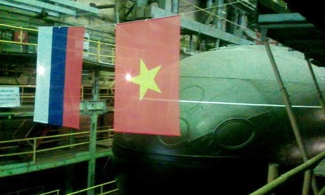 Chùm ảnh lễ hạ thuỷ chiếc tàu ngầm Kilo cuối cùng của Việt Nam ảnh 5
