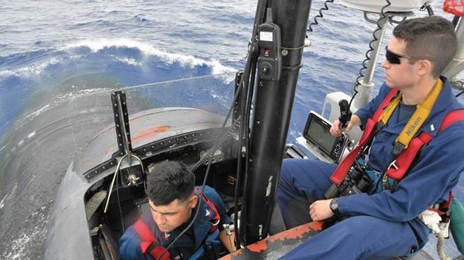 """""""Nếu tàu ngầm này tấn công một tàu hàng, chúng tôi có trách nhiệm phản ứng"""" ảnh 3"""