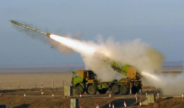 Pháo phản lực Smerch của Nga hủy diệt 67 héc-ta chỉ với 1 phát bắn ảnh 1