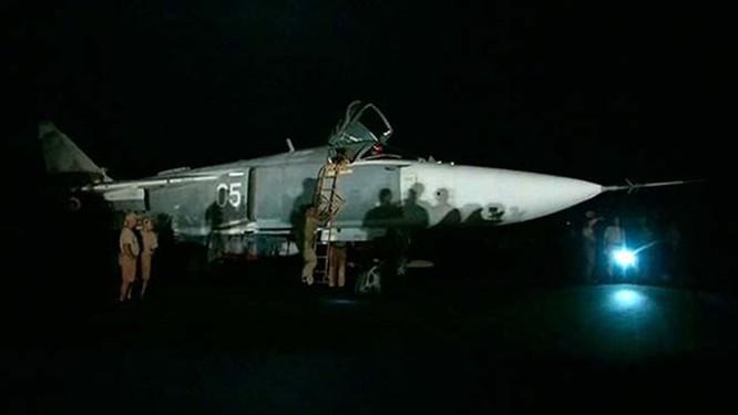Hơn 50 máy bay Nga tham gia oanh kích IS ở Syria ảnh 4
