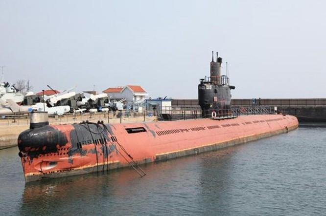 Trung Quốc đã triển khai tàu ngầm mang tên lửa hạt nhân JL-2 ảnh 1