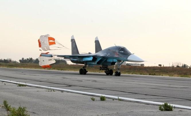 Tàu chiến Nga triển khai bảo vệ một phần không phận Syria ảnh 4
