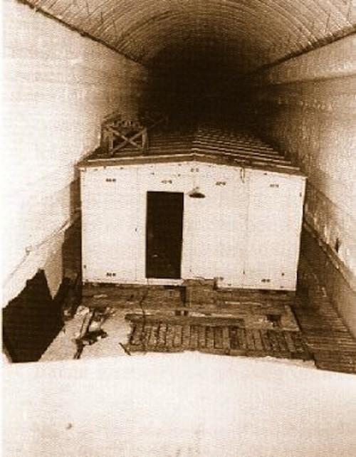 Ảnh căn cứ bí mật dưới lòng đất của Mỹ gần Bắc Cực ảnh 1