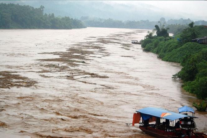 Trung Quốc xả lũ, nước sông Hồng tại Hà Nội có thể lên 3,4m ảnh 2