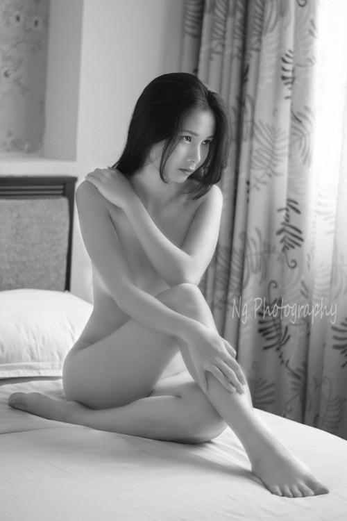 """Người mẫu Trung Quốc: """"đi khách"""" 3 đêm giá 2 tỷ đồng ảnh 1"""