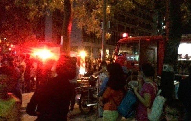 Hà Nội: Dân chung cư Linh Đàm lại náo loạn vì cháy ảnh 9
