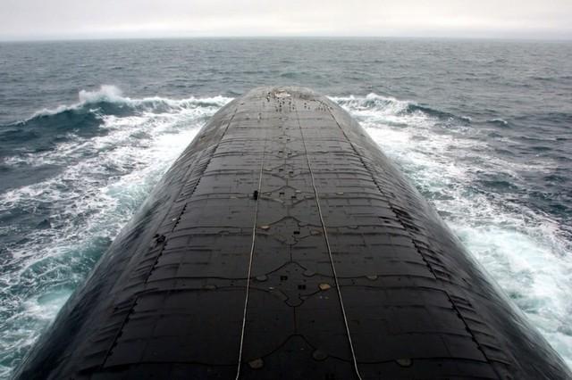 Quá trình đóng tàu ngầm lớn nhất thế giới ảnh 13