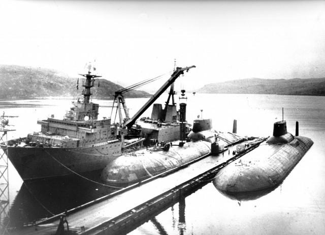 Quá trình đóng tàu ngầm lớn nhất thế giới ảnh 11