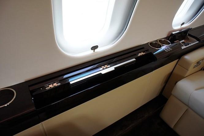 Soi máy bay cá nhân trị giá hơn 1100 tỷ tại Hà Nội ảnh 9