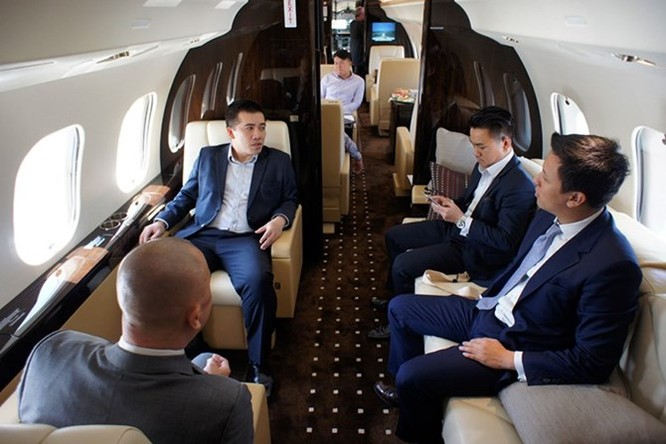 Soi máy bay cá nhân trị giá hơn 1100 tỷ tại Hà Nội ảnh 3