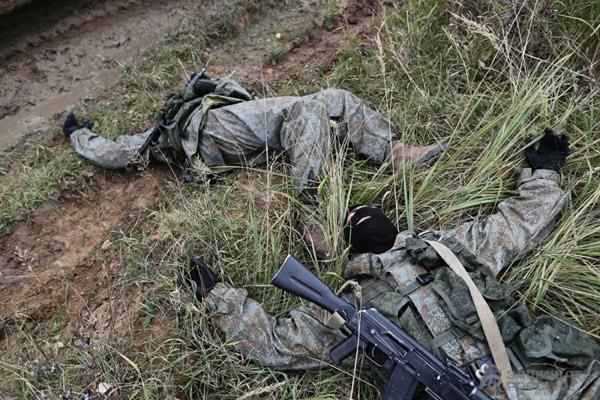"""Xem lính dù đặc nhiệm Nga tiêu diệt """"phiến quân""""! ảnh 14"""