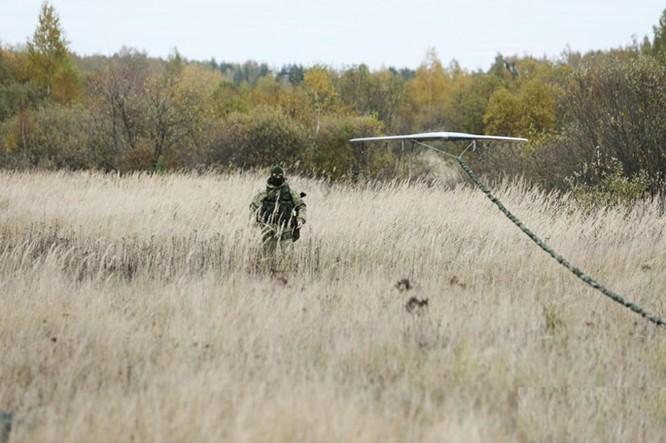 """Xem lính dù đặc nhiệm Nga tiêu diệt """"phiến quân""""! ảnh 4"""