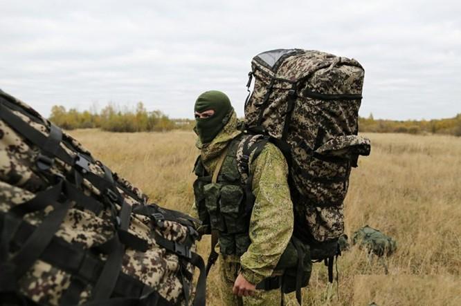 """Xem lính dù đặc nhiệm Nga tiêu diệt """"phiến quân""""! ảnh 7"""