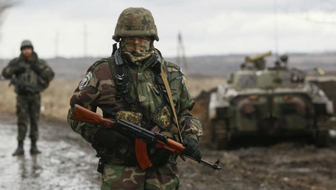 Nhìn lại khủng hoảng quan hệ Nga - Mỹ sau Chiến tranh lạnh ảnh 3