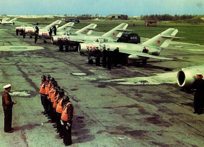 Bao nhiêu lính Liên Xô và Nga đã bỏ mình ở nước ngoài? ảnh 1