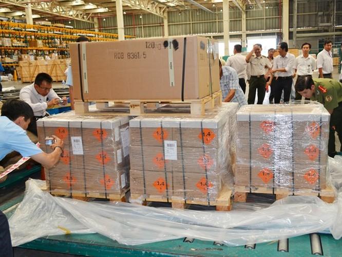 144.000 viên đạn nhập khẩu trái phép vào TP.HCM ảnh 1